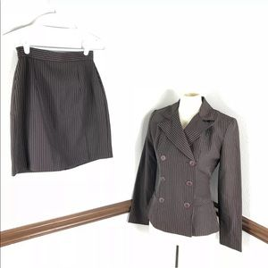 A-List by Wrapper brown pinstripe skirt suit sz 5